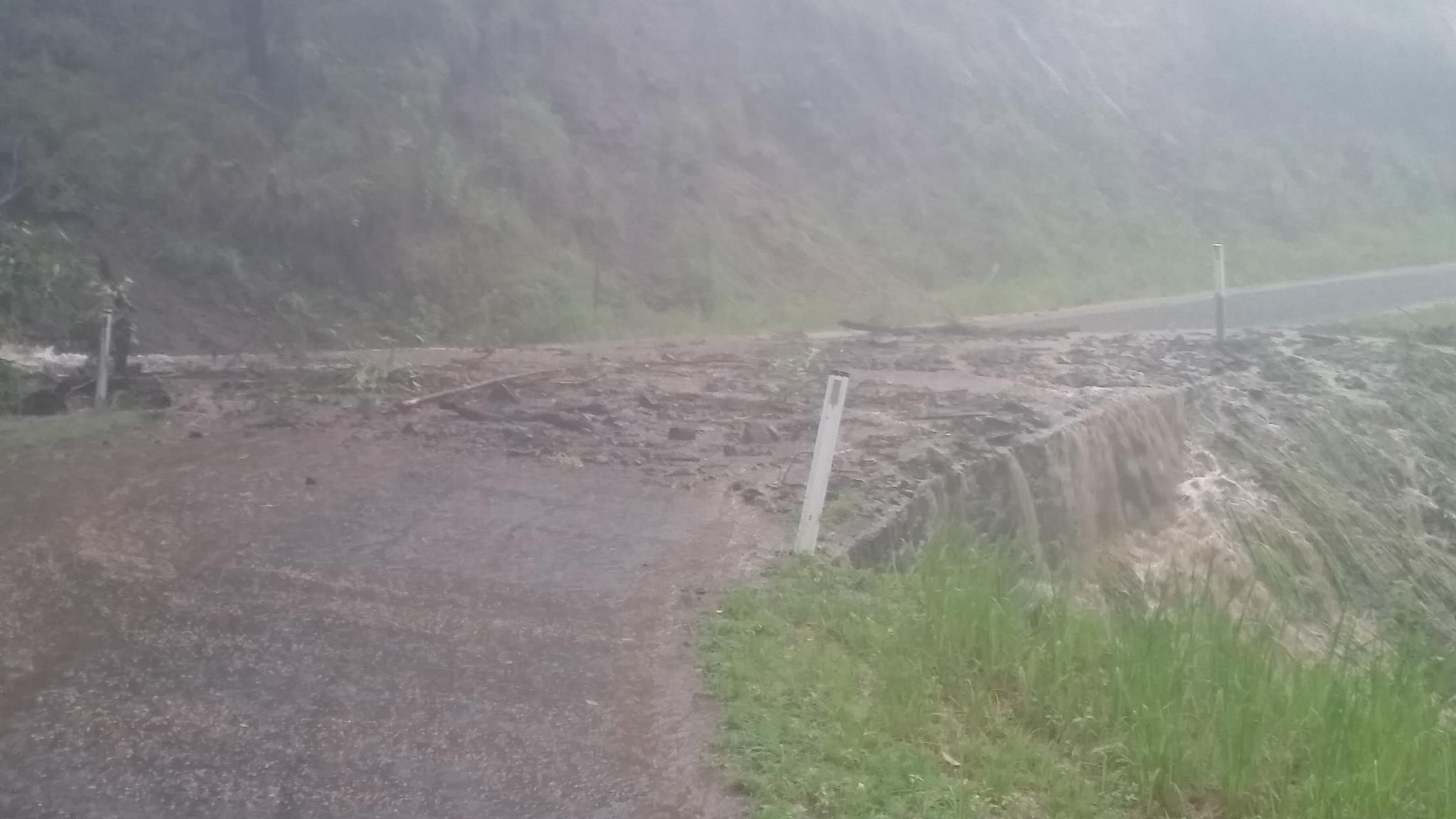 Landslip and Road blockage - Lamington National Park Rd - Cyclone Debbie - 30th March